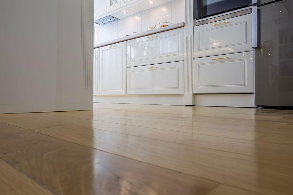 Alpine-flooring-kitchen
